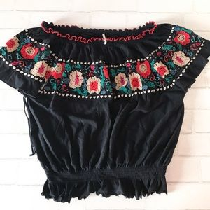 FREE PEOPLE OFF THE SHOULDER EMBROIDERED TOP.